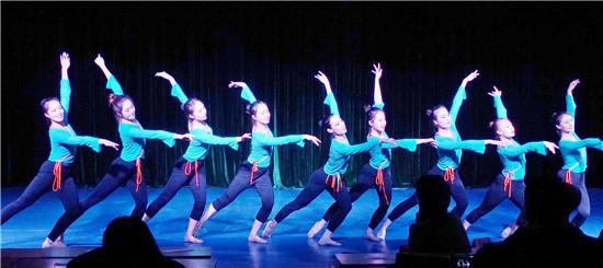 12 古典舞身韵、技巧展示《古韵雄风》 15、17级舞蹈表演专业.jpg